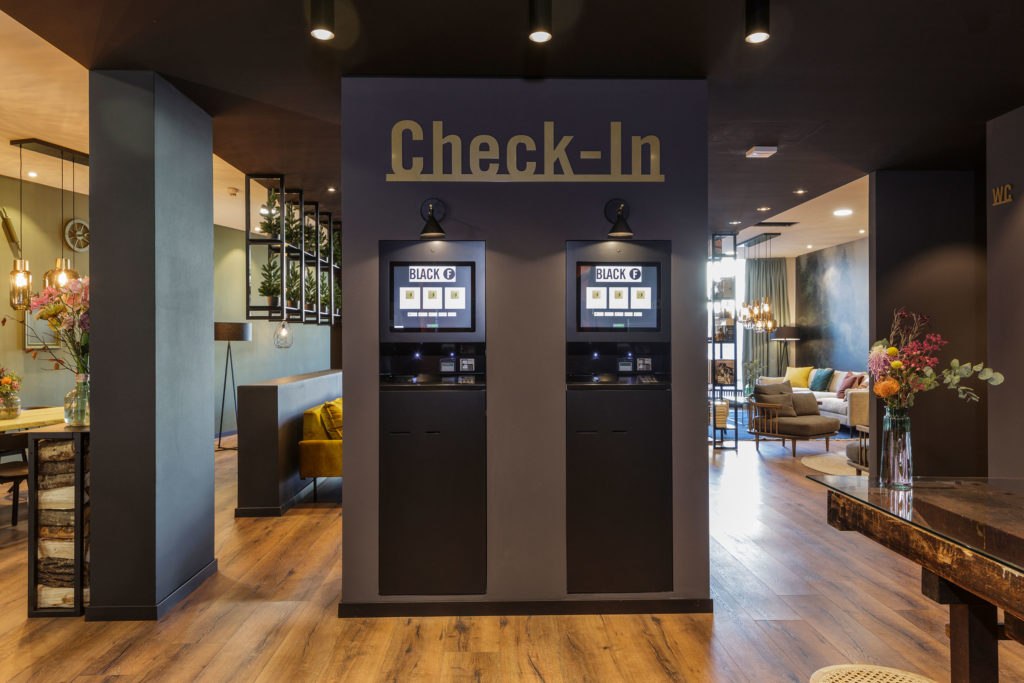 Check-In BlackF Serviced Apartments